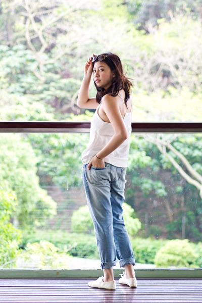 H&M shoes - boyfriend jeans H&M jeans - H&M top