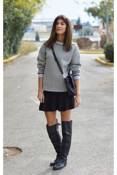 satchel Nowhere sweatshirt - flared boots - boots - knee high Noir boots