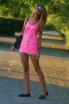 fluo River Island top - jean Zara shorts - mirrored Ray Ban sunglasses