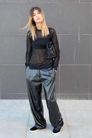 mesh Zara top - lunch Zara bag - leather black Nowhere pants