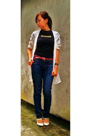 Guess t-shirt - thrifted jeans - sm dept belt - Celine shoes - from mom blazer -