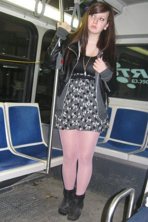pink Betty Johnson tights - black coat - black Zara dress