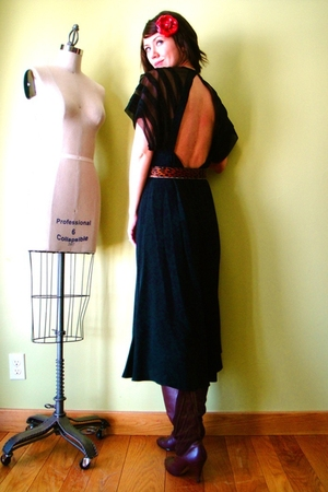 black vintage dress - red Hot Topic accessories