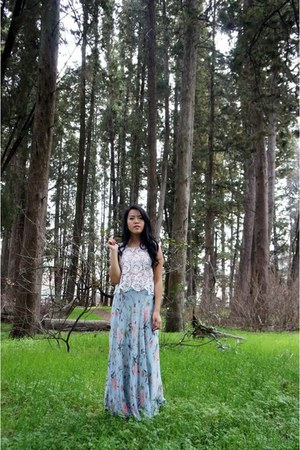 ivory crochet top - light blue floral maxi skirt