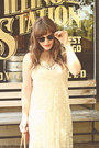 Ivory-meijer-dress-tawny-madewell-bag-brown-zerouv-sunglasses
