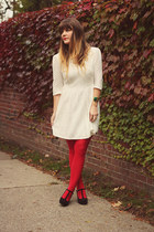 red gifted tights - white modloth dress - gold accessory fanatic necklace