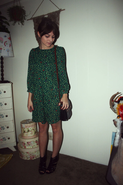 green H&amp;M dress - black purse - black Steve Madden shoes