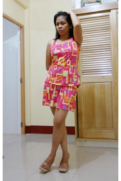 bubble gum wanko dress - pink wooden Splash sandals