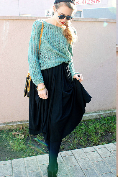aquamarine mint crochet Romwecom sweater