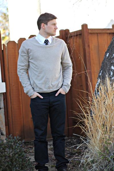 brown Samuel Adams shoes - gray Gap sweater - white Ross shirt