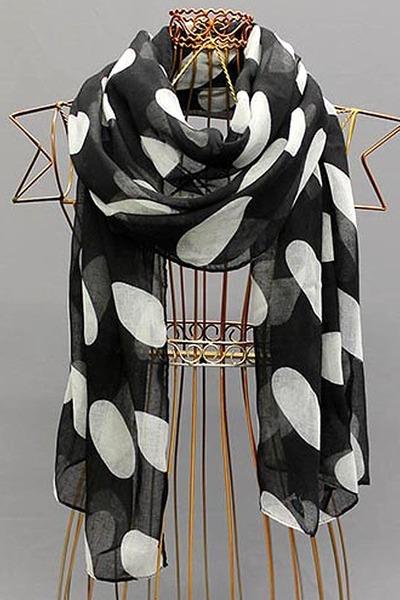 ShawtynStilettos scarf