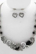 Hearts-necklace