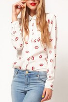 White Lapel Long Sleeve Red Lips Print Chiffon Shirt