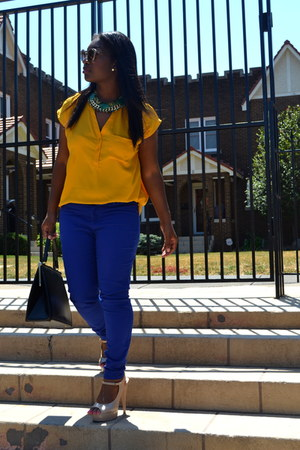 blue colored denim elle jeans - yellow mustard new york & co blouse