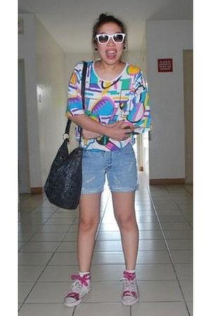 Ray Ban sunglasses - blouse - bag - shorts - Converse shoes