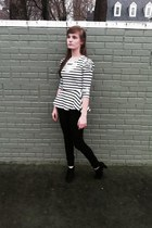black high rise American Eagle jeans - white striped peplum Forever 21 shirt