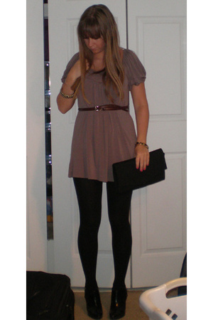 f21 dress - Banana Republic tights - Target ankle boots - Old Navy Clutch