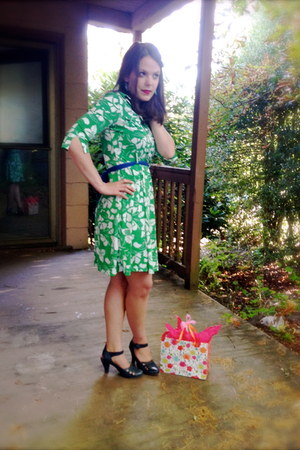 floral Old Navy dress - Old Navy belt - miz mooz heels