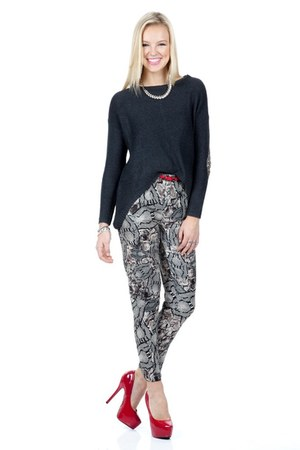 Shoxie sweater - Shoxie pants - Shoxie heels - Shoxie necklace