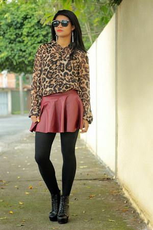animal print VESSOS t-shirt - lita sammydress boots - skirt Romwecom skirt