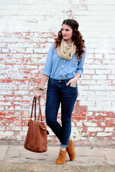 polka dot Target jeans - chambray Gap top