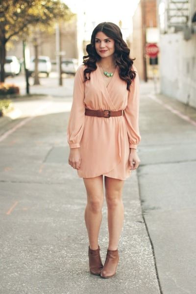 Peach lace dress forever 21