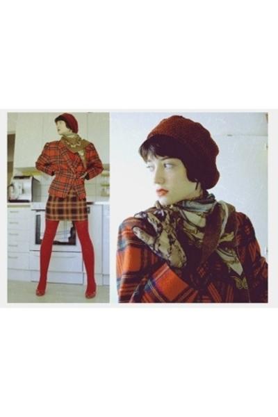 hat - scarf - vintage gloves - blazer - Din Sko shoes