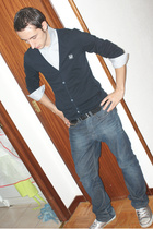 Hugo Boss shirt - Zara top - H&M belt - pull&bear jeans - Converse shoes