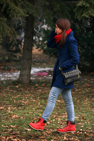 knitted Grandmas scarf - navy blue house coat - skinny Zara jeans
