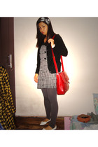 ukay coat - ukay dress - Divi leggings - shoes - accessories - Australia purse