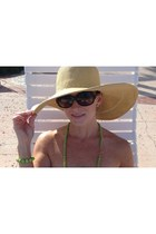echo hat - Prada sunglasses - Simply Lulu Design accessories