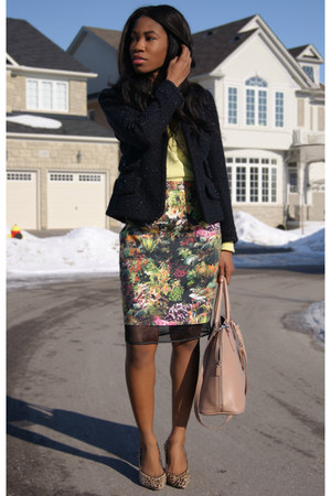 fabric and mesh winners skirt