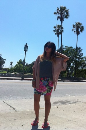 Arden B necklace - tank top brandy melville shirt - Nollie skirt