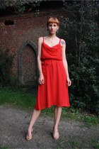 red vintage dress - nude bb up wedges