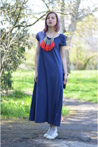 red random necklace - navy nowIStyle dress - heather gray Converse sneakers