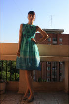 green vintage dress - gray Stradivarius shoes