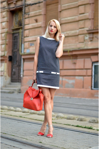 black stripes Zara dress - red Zara bag - red Mango sandals