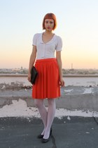 white thifted shirt - dark gray DGM shoes - white Calzedonia tights