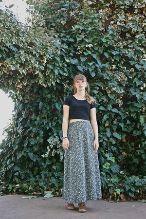 green maxi floral thrifted skirt - brown leather brown Steve Madden boots