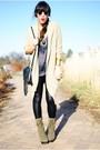 Cardigan-forever-21-blouse-forever-21-leggings-steve-madden-boots