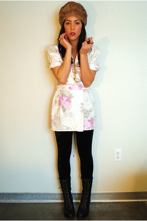 vintage blouse - Forever 21 leggings - Forever 21 shoes - vintage hat