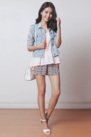 white Michael Kors bag - light blue Just G jacket - black printed Just G shorts