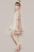 Capital Vice heels - floral romwe cape