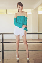 turquoise blue off shoulder apartment 8 top - white origami apartment 8 shorts