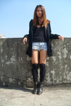 black ae sweater