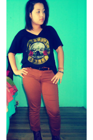 guns n roses H&M t-shirt - Forever 21 boots - Forever 21 pants