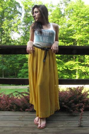 mustard yellow Forever21 skirt - PacSun shirt