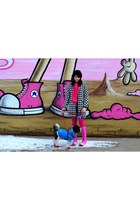 black Zara coat - hot pink Hunter boots - black Urban Outfitters hat