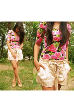 pink blouse - beige shorts - beige shoes