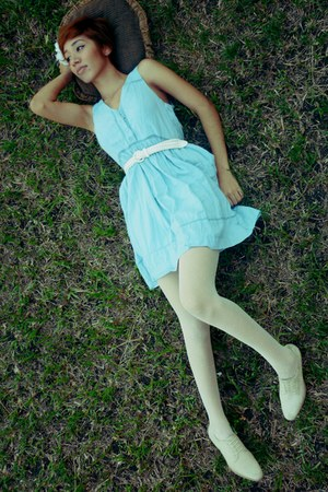 sky blue thrift dress - white thrift belt - white thrift tights - ivory thrift s